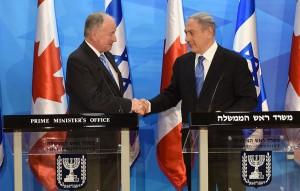 2015-06-03-nicholson-netanyahu-podium
