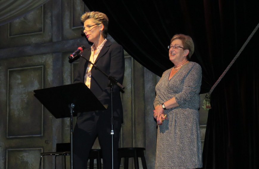 JFC-UIC Canada President Julia Reitman and CEO Linda Kislowicz were special guests who spoke during the evening event.