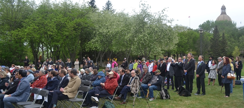 Yom HaShoah commemorative service at the Legislature Grounds in Edmonton. Photos by EJNews